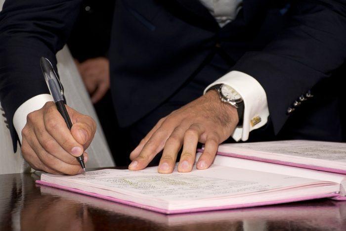Contrato de interinidad • Entérate aquí de todo lo relacionado a este importante acuerdo